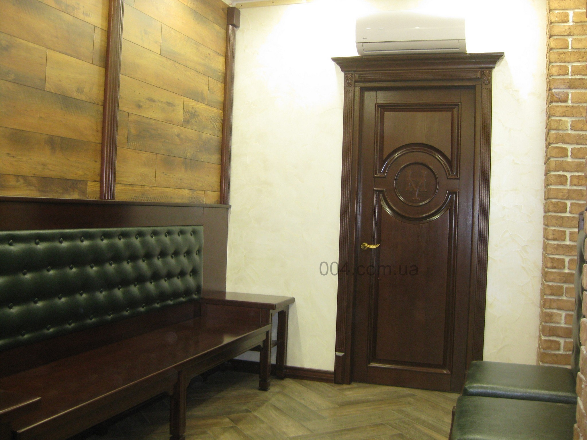 Изготовление входных дверей из массива дуба Дубовые